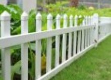 Kwikfynd Picket fencing dombarton